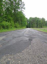 Dziury i łaty... Kiedy remont drogi Piotrków - Koło?