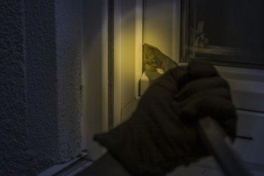 17-letni piotrkowianin stanął przed sądem za włamania i kradzieże