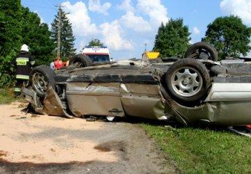 Prowadził bez prawa jazdy, spowodował wypadek