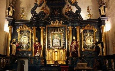 W poniedziałek Koronacja Obrazu Matki Bożej Śnieżnej. Oglądaj online!