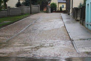 Droga dojazdowa do kościoła przebudowana