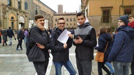 Grupa uczniów Tepeesu na praktykach w Bolonii