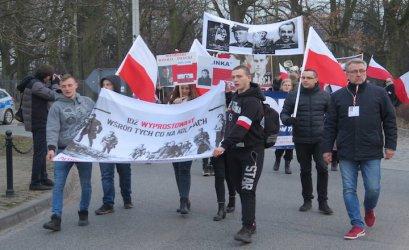 Piotrkowianie oddali hołd Żołnierzom Wyklętym