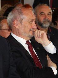 Macierewicz chce przenieść Trybunał Konstytucyjny do Piotrkowa?