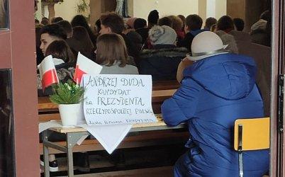 W piotrkowskim kościele zbierali podpisy pod kandydaturą A. Dudy?