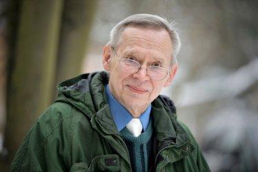 Prof. Gut: nie przewiduję kolejnej dużej fali wzrostu zachorowań na COVID-19