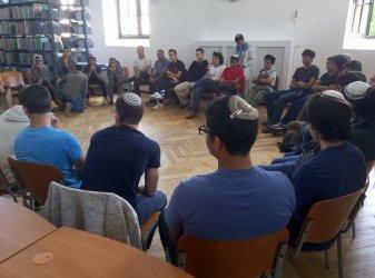 Uczniowie z Izraela odwiedzili piotrkowską synagogę
