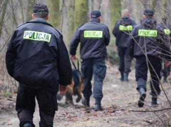 Zaginiona 79-latka szczęśliwie odnaleziona w lesie