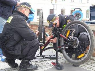 W Rynku Trybunalskim znakowali rowery