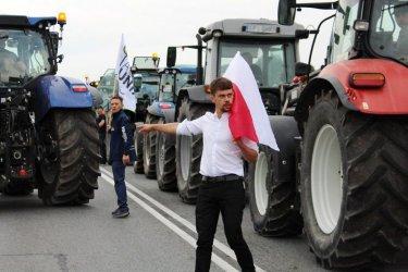 Agrounia jednak zablokuje DK12. Sąd uchylił decyzję wójta Moszczenicy