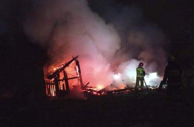 Pożar pustostanu w gminie Ręczno