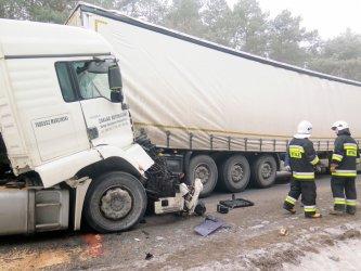 Wypadek w Karlinie, nie żyje jedna osoba