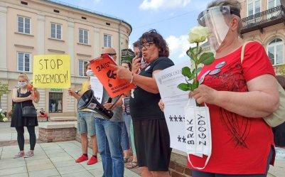 Protestowali przeciw przemocy