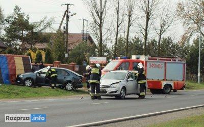 W Ignacowie osobówka uderzyła w nieoznakowany radiowóz