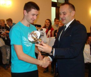 III LO najlepsze w Turnieju Szachowym