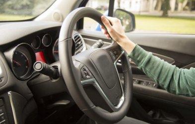 Piotrków Trybunalski na 10. miejscu w rankingu miast, których kierowcy deklarują najmniej szkód
