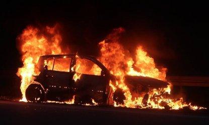 Pożar samochodu na A1 (VIDEO)