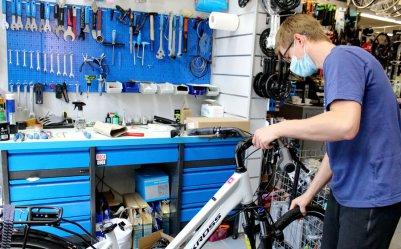 Rower coraz popularniejszy wśród piotrkowian. Jak dobrze rozpocząć sezon?