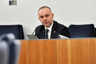 P. Mucha: wprowadzenie Narodowego Programu Szczepień - w interesie ogólnospołecznym