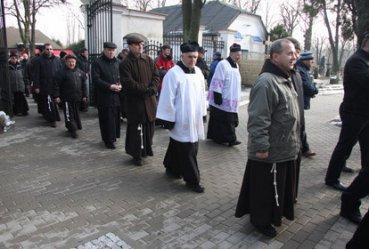 Piotrkowianie pożegnali ojca Leoncjusza - wieloletniego gwardiana klasztoru oo. Bernardynów