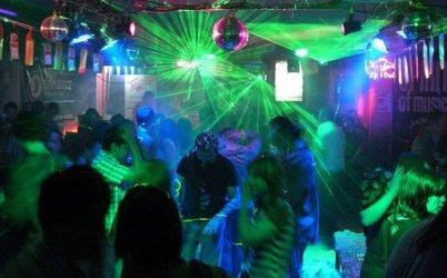 Piotrkowskie kluby zamknięte do odwołania
