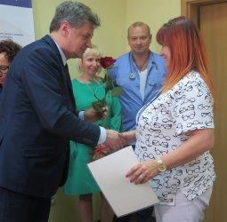 W Powiatowym Centrum Matki i Dziecka uczczono Międzynarodowy Dzień Pielęgniarek i Położnych