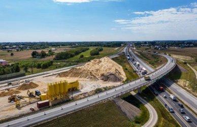 Jak postępuje budowa autostrady A1?