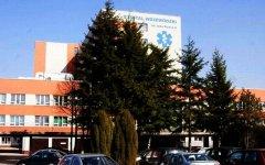 Upojony alkoholem dwulatek trafił do szpitala w Bełchatowie