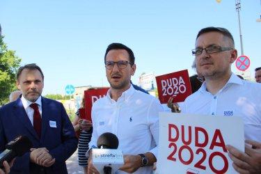 Wiceminister funduszy  i polityki regionalnej wsparł kampanię A. Dudy w Piotrkowie