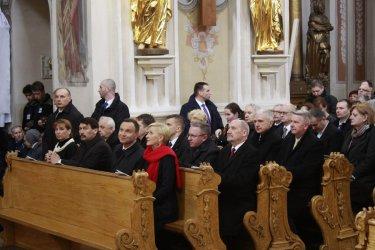 Msza Święta z udziałem par prezydenckich [GALERIA]
