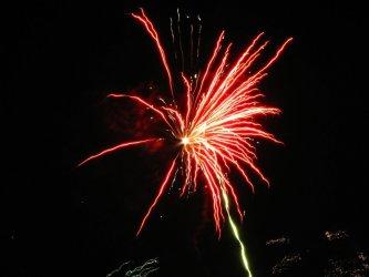 O północy fajerwerki z wieży ciśnień
