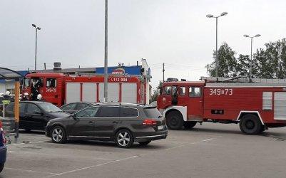 Ewakuacja dyskontu spożywczego w Sulejowie