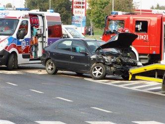 Groźny wypadek na skrzyżowaniu Al. Sikorskiego i ul. Kostromskiej