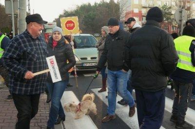 Protest w Sulejowie. Mieszkańcy blokowali DK 74