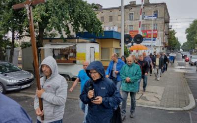 28. Męski Różaniec przeszedł ulicami Piotrkowa
