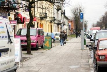 Straż Miejska kontroluje przeciekające pojazdy