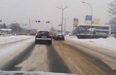 Drogi pod śniegiem – nie wszyscy kierowcy zadowoleni