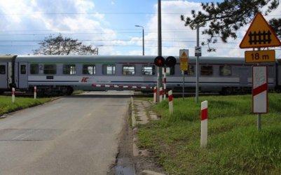 Co zrobić, gdy samochód ulegnie awarii na przejeździe kolejowym?