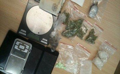 Dostali dozór policyjny za narkotyki