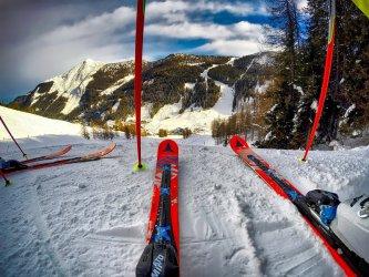 Popularne obozy narciarskie – 3 powody, dla których lubimy tę aktywność