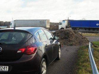 Czują się uziemieni przez budowę autostrady
