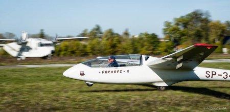 Zawody szybowcowe na celność lądowania