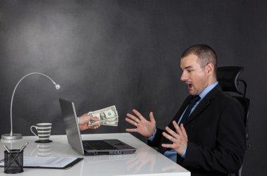 Tanio i bezpiecznie wymieniaj walutę w Internecie