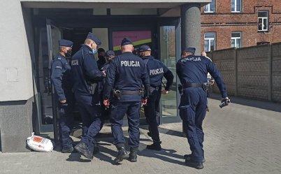 Policja wkroczyła do jednej z piotrkowskich siłowni