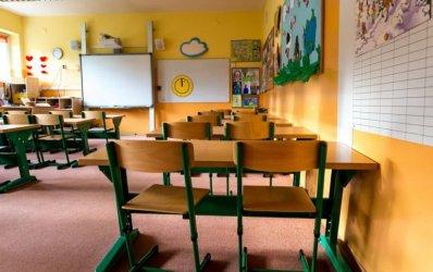 W drugiej połowie maja decyzja o ewentualnym otwarciu szkół