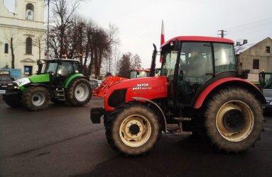 Rolnicy zablokowali drogę między Srockiem a Piotrkowem
