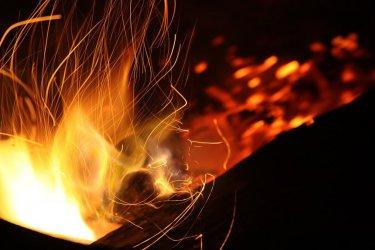 Pożar w bloku w Niechcicach