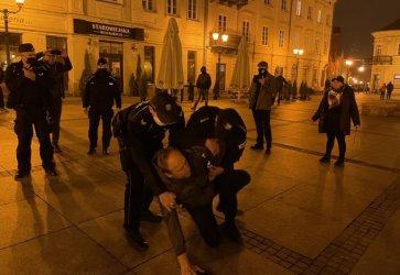 Jest oświadczenie policji w sprawie interwencji podczas Strajku Kobiet