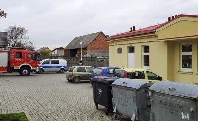 Ładunek chemiczny w plecaku? Ewakuacja przedszkola w Parzniewicach