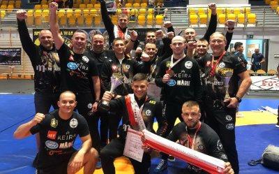 Zapaśnicy zdobyli cztery medale, AKS został drugim klubem w kraju